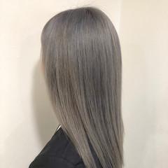 セミロング モード シルバー ストレート ヘアスタイルや髪型の写真・画像