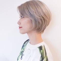 イルミナカラー ホワイト ショート モード ヘアスタイルや髪型の写真・画像