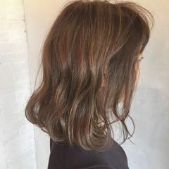 オフィス ヘアアレンジ デート アウトドア ヘアスタイルや髪型の写真・画像