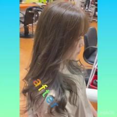 ロング シルバーグレー ブリーチオンカラー インナーカラー ヘアスタイルや髪型の写真・画像