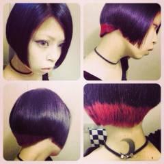 ショート インナーカラー レッド ヘアスタイルや髪型の写真・画像