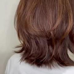 ミディアム コンサバ ウルフカット ヘアスタイルや髪型の写真・画像