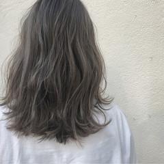 ハイトーン 透明感 アッシュ 外国人風 ヘアスタイルや髪型の写真・画像