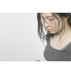 ミディアム レイヤーカット ナチュラル 簡単ヘアアレンジ ヘアスタイルや髪型の写真・画像