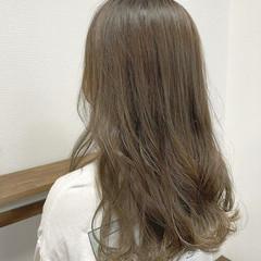 ロング ヨシンモリ コテ巻き ゆるふわ ヘアスタイルや髪型の写真・画像