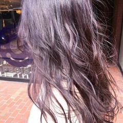 ガーリー ラベンダーアッシュ ヘアアレンジ グレージュ ヘアスタイルや髪型の写真・画像