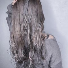 デート ロング グラデーションカラー イルミナカラー ヘアスタイルや髪型の写真・画像