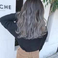 ハイトーンカラー ブリーチカラー セミロング ヘアカラー ヘアスタイルや髪型の写真・画像