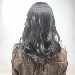 ナチュラル 透明感 ミディアム グレージュ ヘアスタイルや髪型の写真・画像