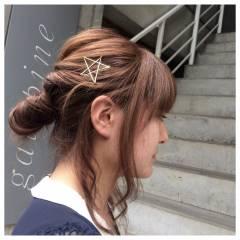簡単ヘアアレンジ くるりんぱ ヘアアクセ ヘアアレンジ ヘアスタイルや髪型の写真・画像