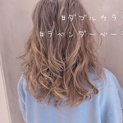 セミロング フェミニン ラベンダーグレージュ グレージュ ヘアスタイルや髪型の写真・画像