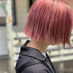 ブリーチカラー デザインカラー モード ショートボブ ヘアスタイルや髪型の写真・画像