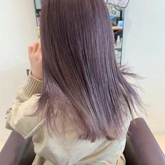 ダブルカラー セミロング ラベンダーカラー ラベンダーピンク ヘアスタイルや髪型の写真・画像