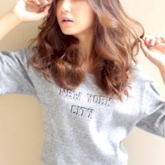 フェミニン セミロング 大人かわいい 秋 ヘアスタイルや髪型の写真・画像