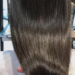 ツヤ髪 最新トリートメント oggiotto ナチュラル ヘアスタイルや髪型の写真・画像