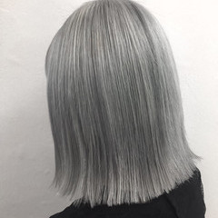 ハイトーン ストリート ミディアム ボブ ヘアスタイルや髪型の写真・画像