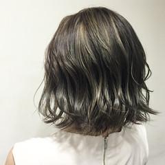 外国人風 ハイライト グラデーションカラー グレージュ ヘアスタイルや髪型の写真・画像