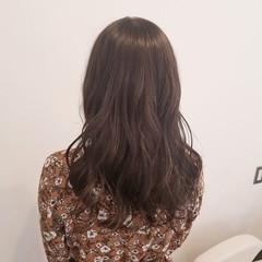 ミルクティー 春 ベージュ ナチュラル ヘアスタイルや髪型の写真・画像