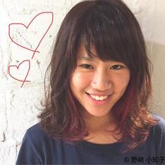 外国人風 大人かわいい インナーカラー ミディアム ヘアスタイルや髪型の写真・画像