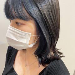 ネイビーブルー ブルーブラック ボブ インナーカラー ヘアスタイルや髪型の写真・画像