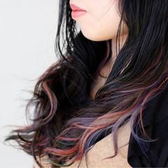 ダブルカラー インナーカラー フェミニン レッド ヘアスタイルや髪型の写真・画像