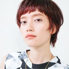 インナーカラー 前髪あり ピンク ショート ヘアスタイルや髪型の写真・画像