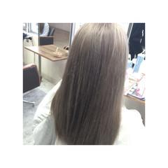 透明感 ハイトーン ミディアム グレージュ ヘアスタイルや髪型の写真・画像