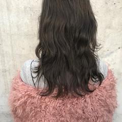 レイヤーカット ゆるふわ ストリート こなれ感 ヘアスタイルや髪型の写真・画像
