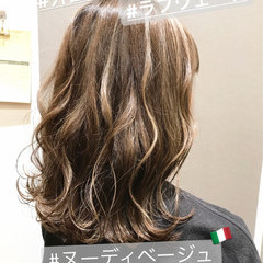 外国人風 アウトドア ボブ ハイライト ヘアスタイルや髪型の写真・画像