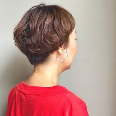ショート ダブルカラー ラフ マッシュ ヘアスタイルや髪型の写真・画像