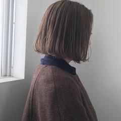 ボブ 透明感カラー ミルクティーベージュ ヌーディベージュ ヘアスタイルや髪型の写真・画像