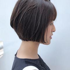 ブランジュ ミディアム ナチュラル オフィス ヘアスタイルや髪型の写真・画像