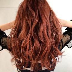 レッド 外国人風カラー ガーリー ロング ヘアスタイルや髪型の写真・画像