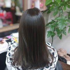 ヘアカラー グレージュ ナチュラル アッシュグレージュ ヘアスタイルや髪型の写真・画像