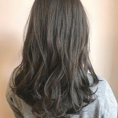 秋 グレー アッシュグレー アッシュグレージュ ヘアスタイルや髪型の写真・画像
