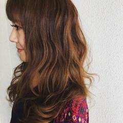 波ウェーブ ロング 大人女子 ガーリー ヘアスタイルや髪型の写真・画像