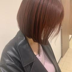フェミニン ボブ ミニボブ ミルクティーベージュ ヘアスタイルや髪型の写真・画像