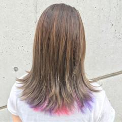 ミディアム ストリート ゆるふわ ハイライト ヘアスタイルや髪型の写真・画像