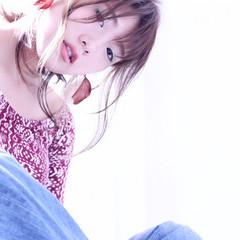 ストリート セミロング 大人かわいい ヘアアレンジ ヘアスタイルや髪型の写真・画像