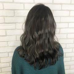 オフィス ナチュラル ロング アディクシーカラー ヘアスタイルや髪型の写真・画像