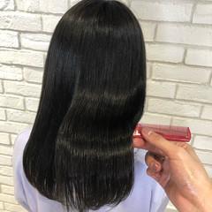 髪質改善トリートメント セミロング 髪質改善 ナチュラル ヘアスタイルや髪型の写真・画像