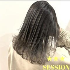 グレージュ ナチュラル グラデーションカラー ミディアム ヘアスタイルや髪型の写真・画像