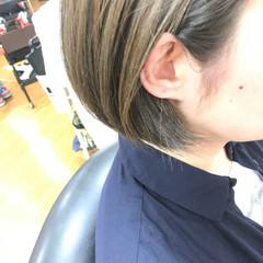 インナーカラー ショートボブ 大人女子 モード ヘアスタイルや髪型の写真・画像