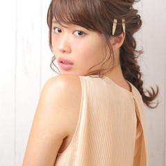 セミロング くるりんぱ 大人かわいい フェミニン ヘアスタイルや髪型の写真・画像