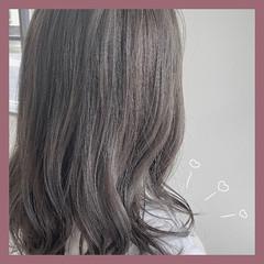 透明感カラー ミディアム ガーリー グレージュ ヘアスタイルや髪型の写真・画像