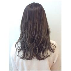 外国人風 セミロング グラデーションカラー 大人かわいい ヘアスタイルや髪型の写真・画像