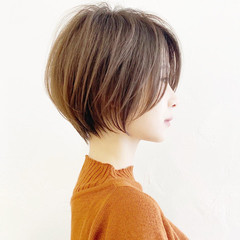 ベージュ ハンサムショート ひし形シルエット ショート ヘアスタイルや髪型の写真・画像