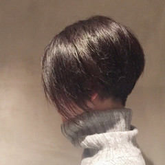 ヘアアレンジ 前下がり グラデーションカラー ナチュラル ヘアスタイルや髪型の写真・画像
