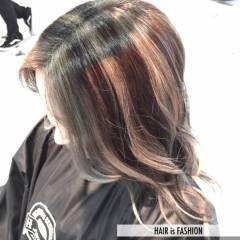 ロング ガーリー 個性的 渋谷系 ヘアスタイルや髪型の写真・画像