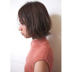 デート ボブ ナチュラル アウトドア ヘアスタイルや髪型の写真・画像